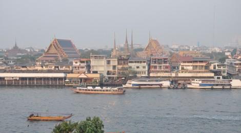 Blick auf Bangkok vom Wat Arun