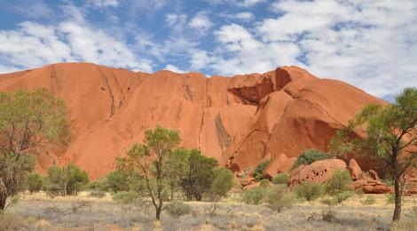 Australiens Wahrzeichen im Outback: Uluru ganz nah