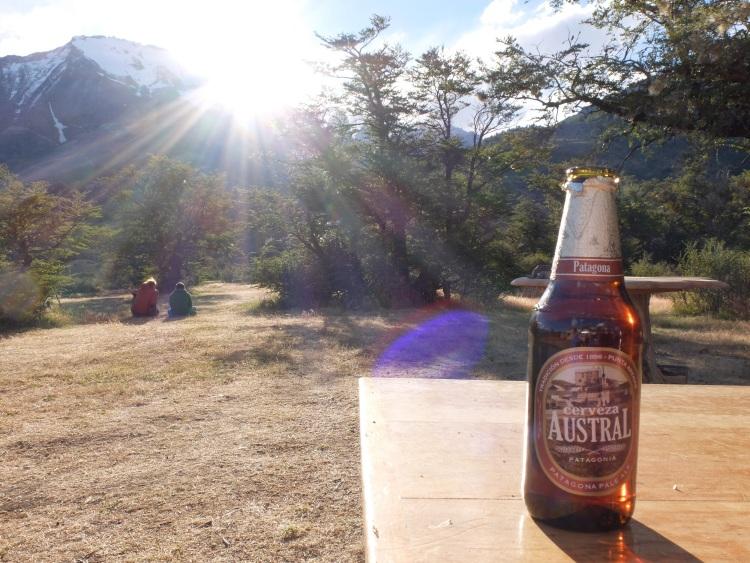 Einfach schön: Bier mit Blick auf die Torres