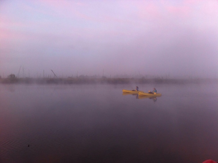 Kayaken im Morgengrauen