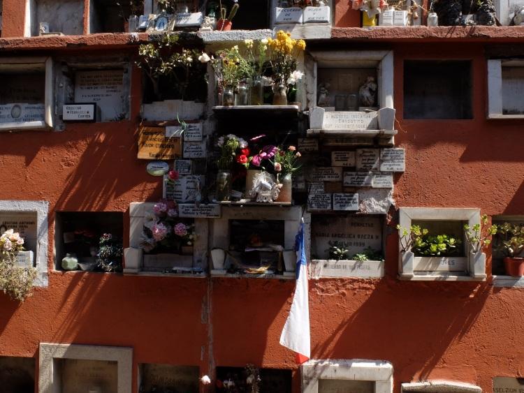 Friedhof in Recoleta - Verehrung eines Volksheiligen